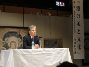 室瀬氏のわかりやすい講演に大勢の聴衆が聞き入りました